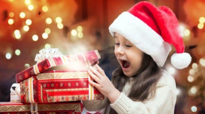 Кто дарит мне подарки на новый год